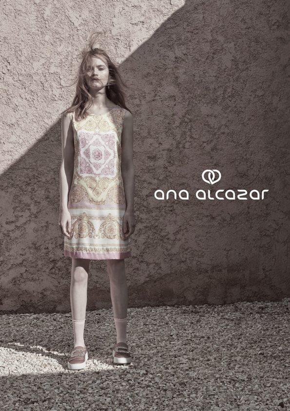 ANA ALCAZAR